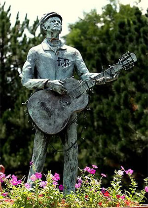 Woody Guthrie Statue by Dan Brock